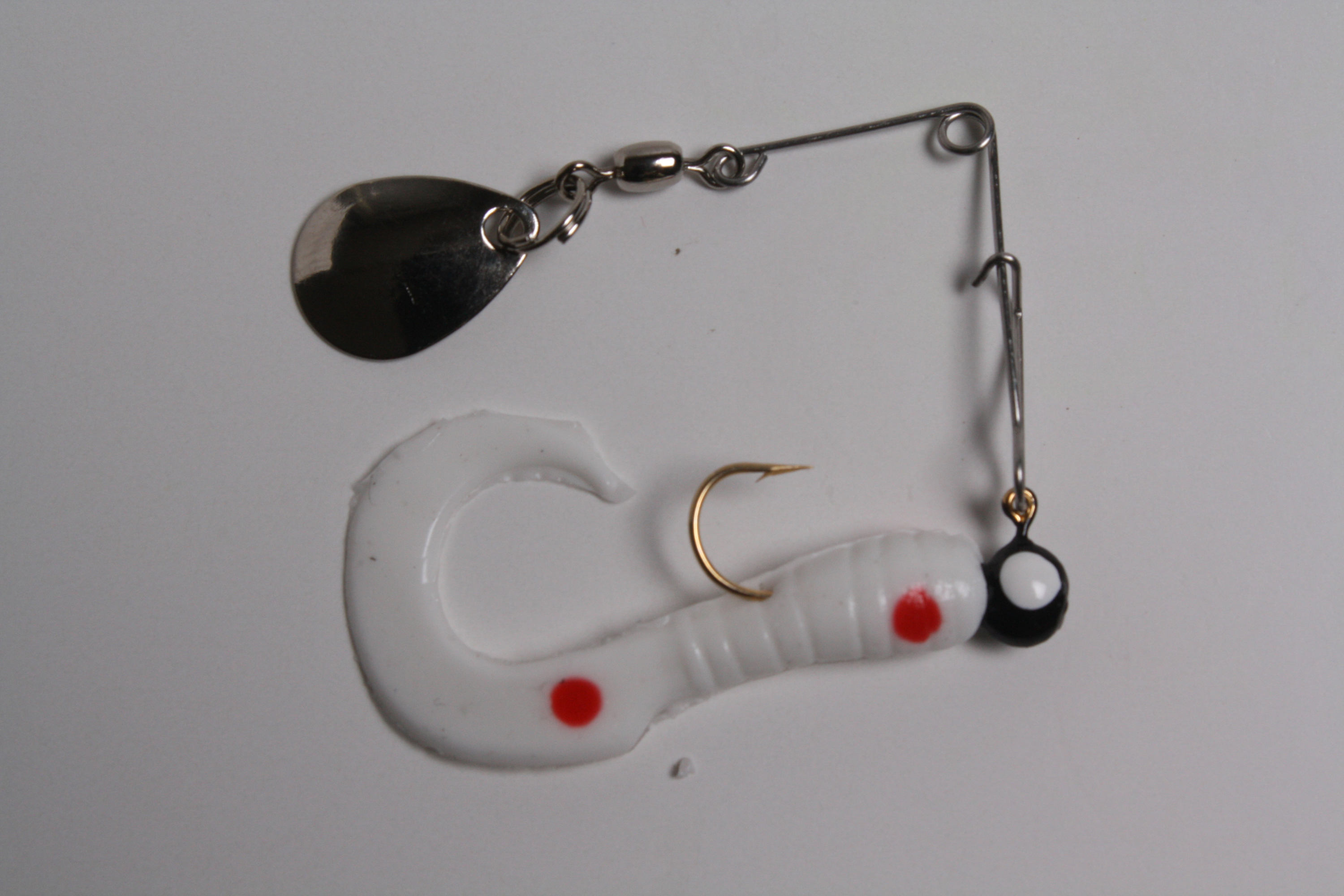 Betts 021CT-35N Spin Curl Tail Lure 1 1/2