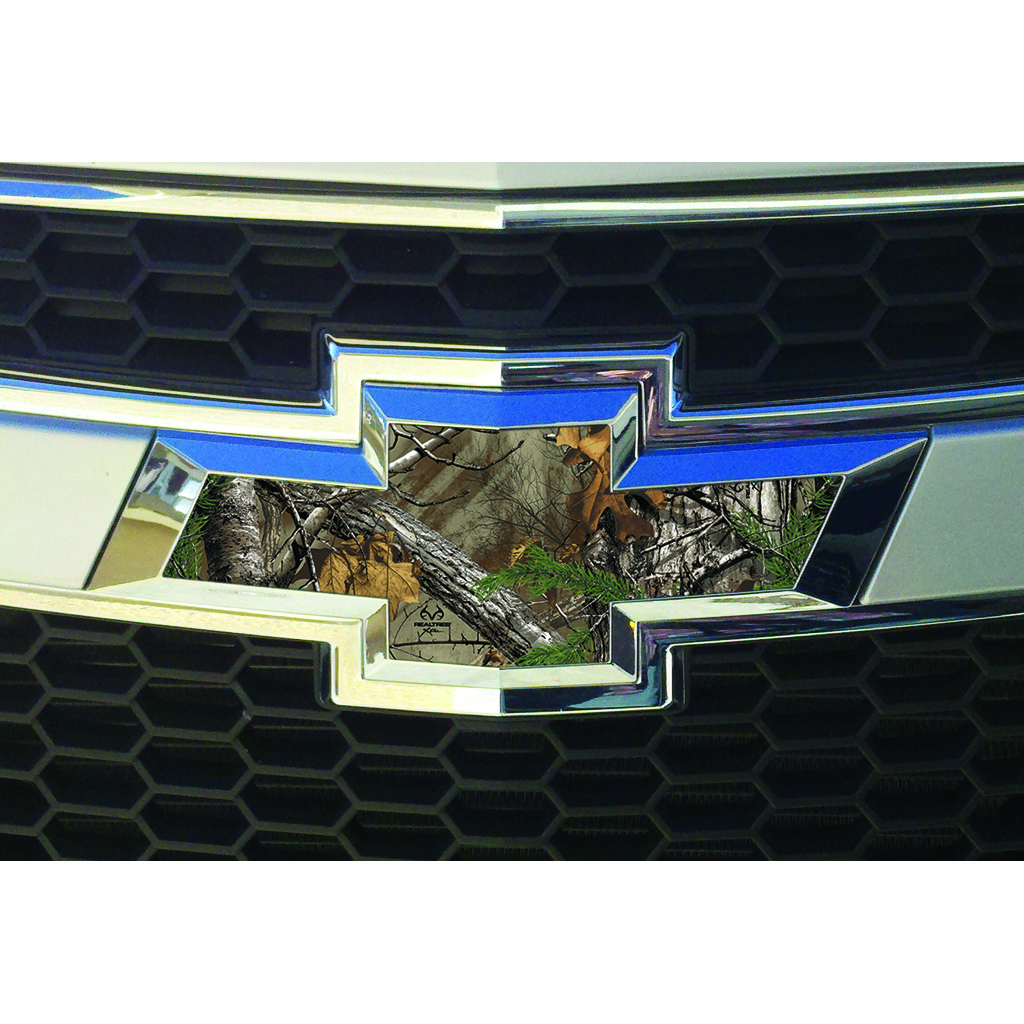 SEI Auto Emblem Skin Kit  <br>  Realtree Xtra 8 in. x 15 in.